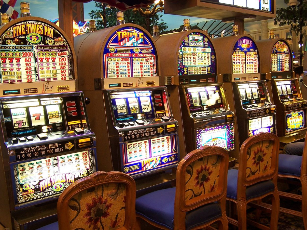 Easiest way to win money at casino